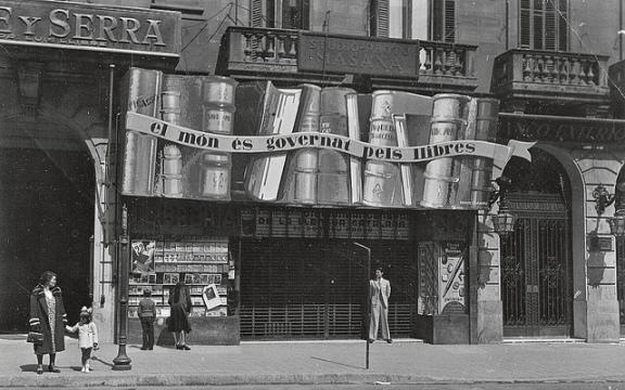 Llibreria Catalònia 1932 ©Llibreria Catalònia