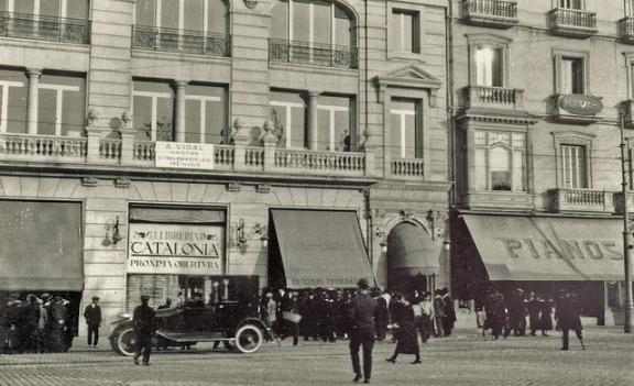 Llibreria Catalònia 1924 ©Llibreria Catalònia